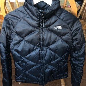 *Just Listed* Short North Face Puffer Coat